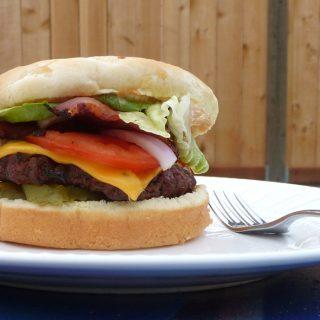 Blissful Bacon Cheeseburgers | heatherlikesfood.com