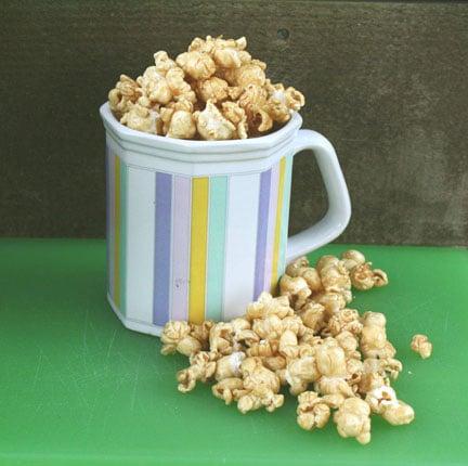 Microwave Caramel Popcorn | heatherlikesfood.com