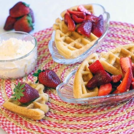 Strawberry Shortcake Waffles | heatherlikesfood.com
