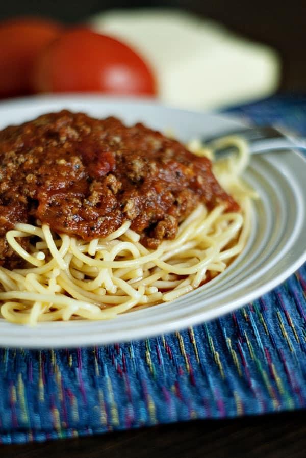 vHomemade Spaghetti Sauce