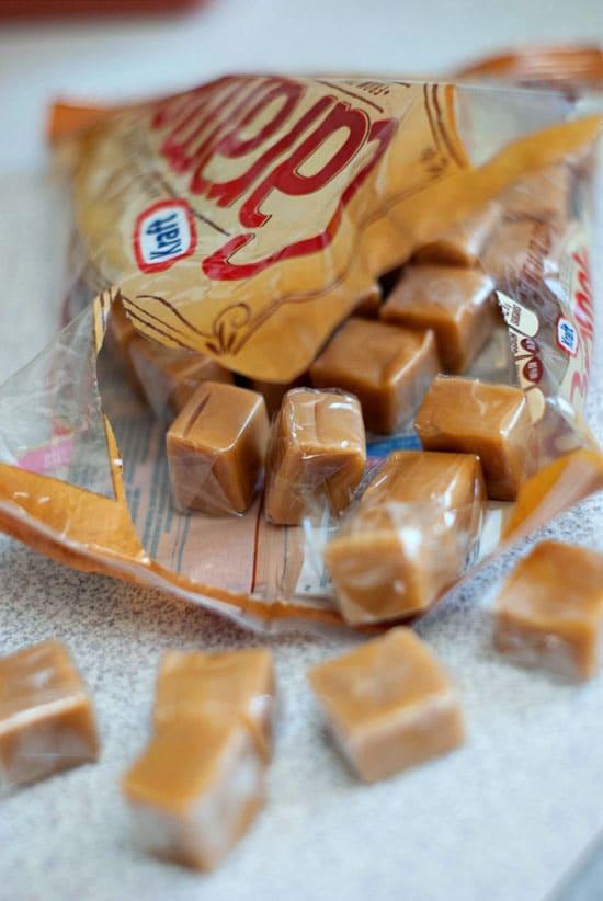 Inside-Out Caramel Apple Sundaes | heatherlikesfood.com