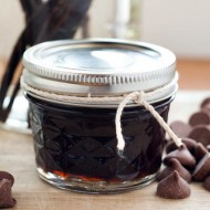 How To Make: Homemade Vanilla Extract