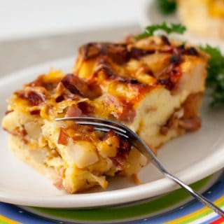 Hearty Ranch Breakfast Strata | heatherlikesfood.com