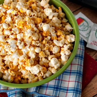 Kevin's Cheese Pizza Popcorn | heatherlikesfood.com