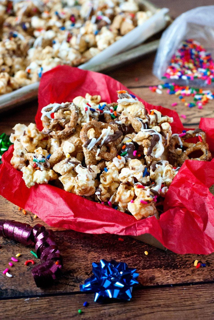 Buddy the Elf's Maple Peanut Butter Popcorn Brittle | heatherlikesfood.com