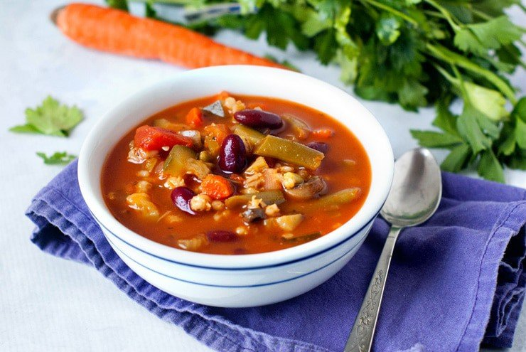 Loaded Vegetable Diet Soup | heatherlikesfood.com