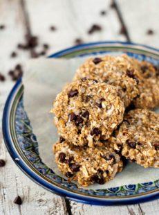 Super Healthy Oatmeal Chocolate Chip Cookies   heatherlikesfood.com