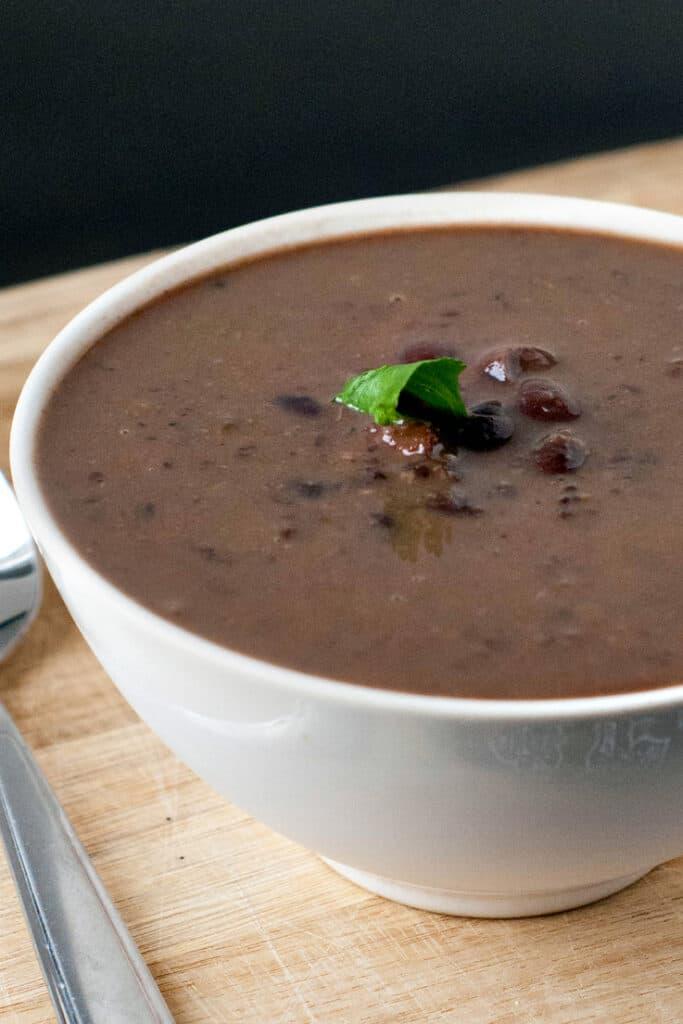 Smoky Black Bean and Ham Soup   heatherlikesfood.com