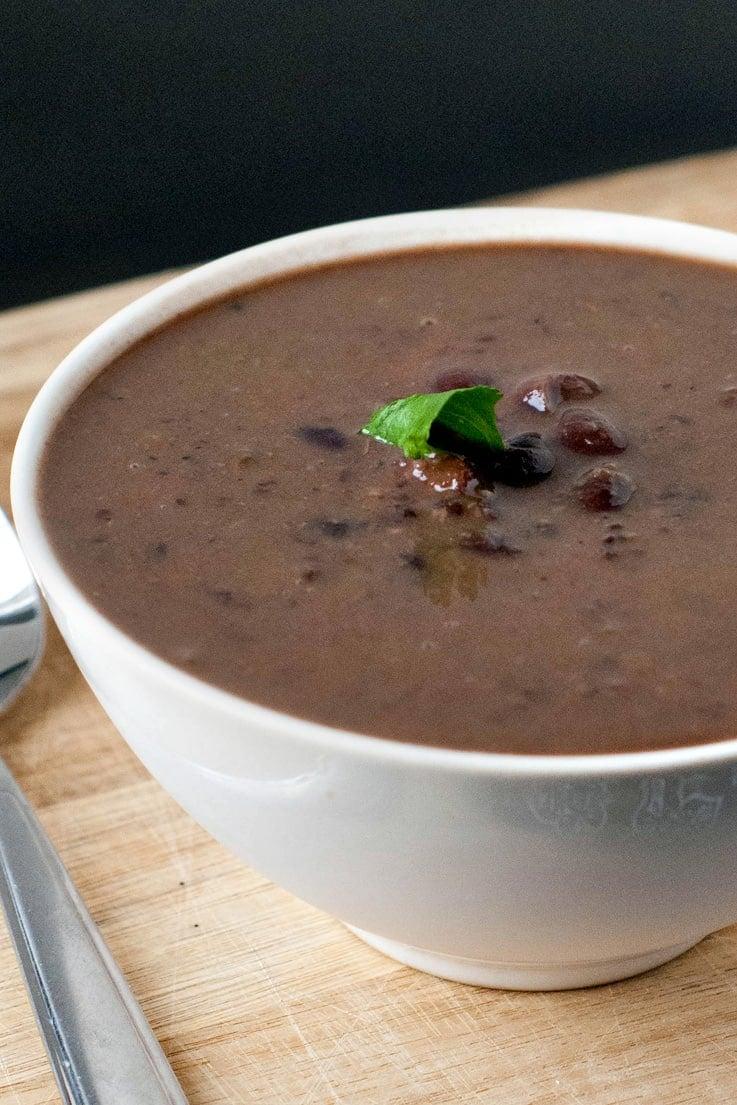 Smoky Black Bean and Ham Soup | heatherlikesfood.com