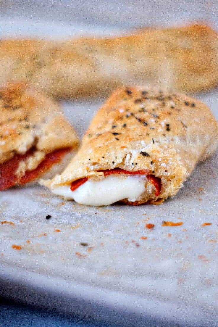 Easy Pizza Sticks | heatherlikesfood.com