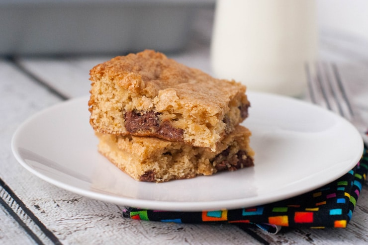 Chocolate Chip Cookie Cake Bars Recipe