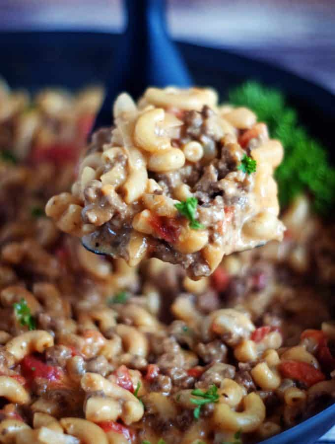 One Pan Cheeseburger Macaroni