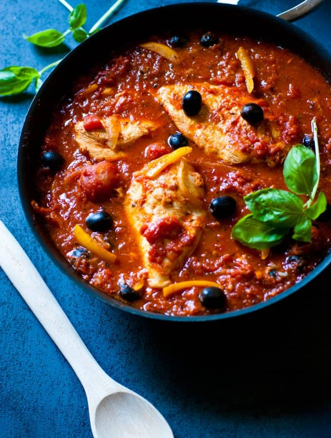 One Pan Easy Chicken Cacciatore
