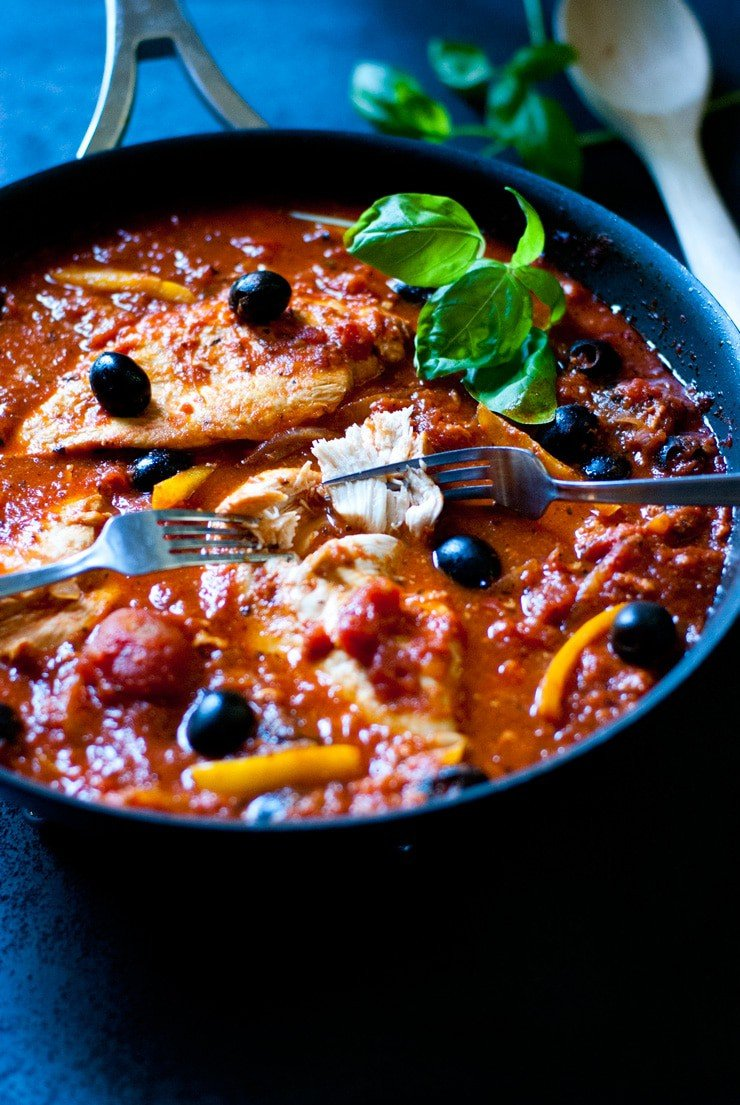 Chicken cacciatore made easy in one pan with olives, peppers and onions.
