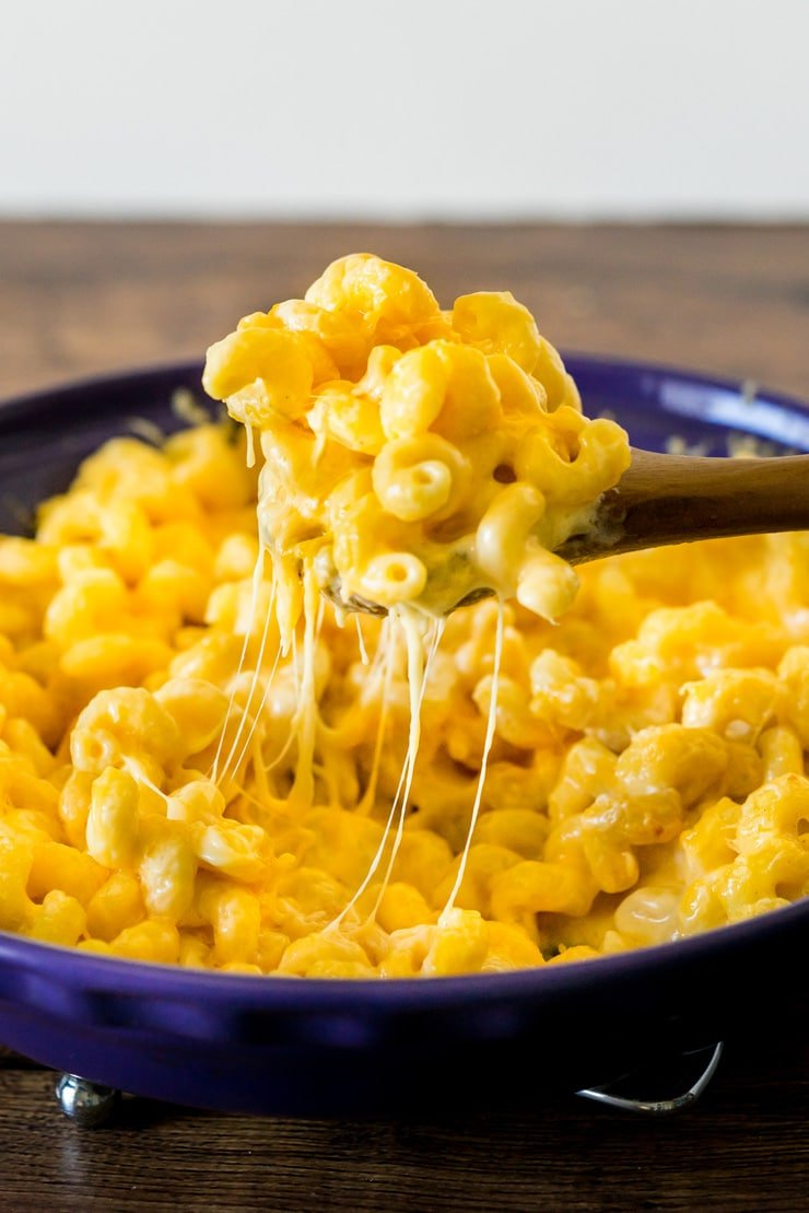 Creamy, cheesy, and super easy, this mac and cheese recipe will make your Costco Mac and Cheese loving heart happy. I have a feeling you won't need your Costco card after trying this.